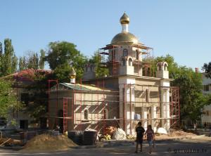 Строительство храма. леса